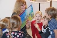 Auch die Bilder versetzten die Kinder in Erstaunen.